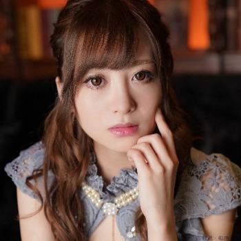ベロア 神戸のキャバ嬢グラビア