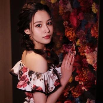 美人茶屋 金沢のキャバ嬢グラビア
