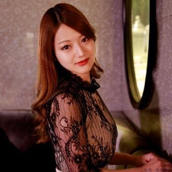 ミュゼルヴァ 神戸のキャバ嬢グラビア