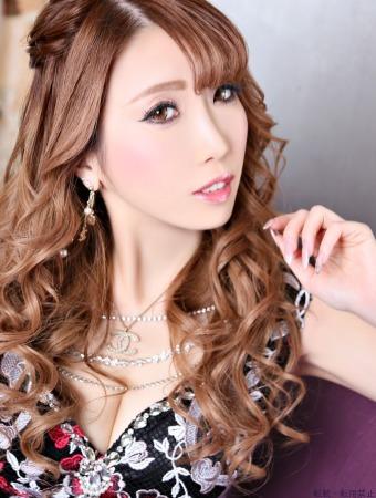 綾瀬 歌音プロフィール画像